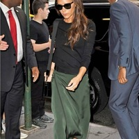 Victoria Beckham With Black Sweater Plus Split Green Long Skirt Set S 2016 Best Quality Celebrity