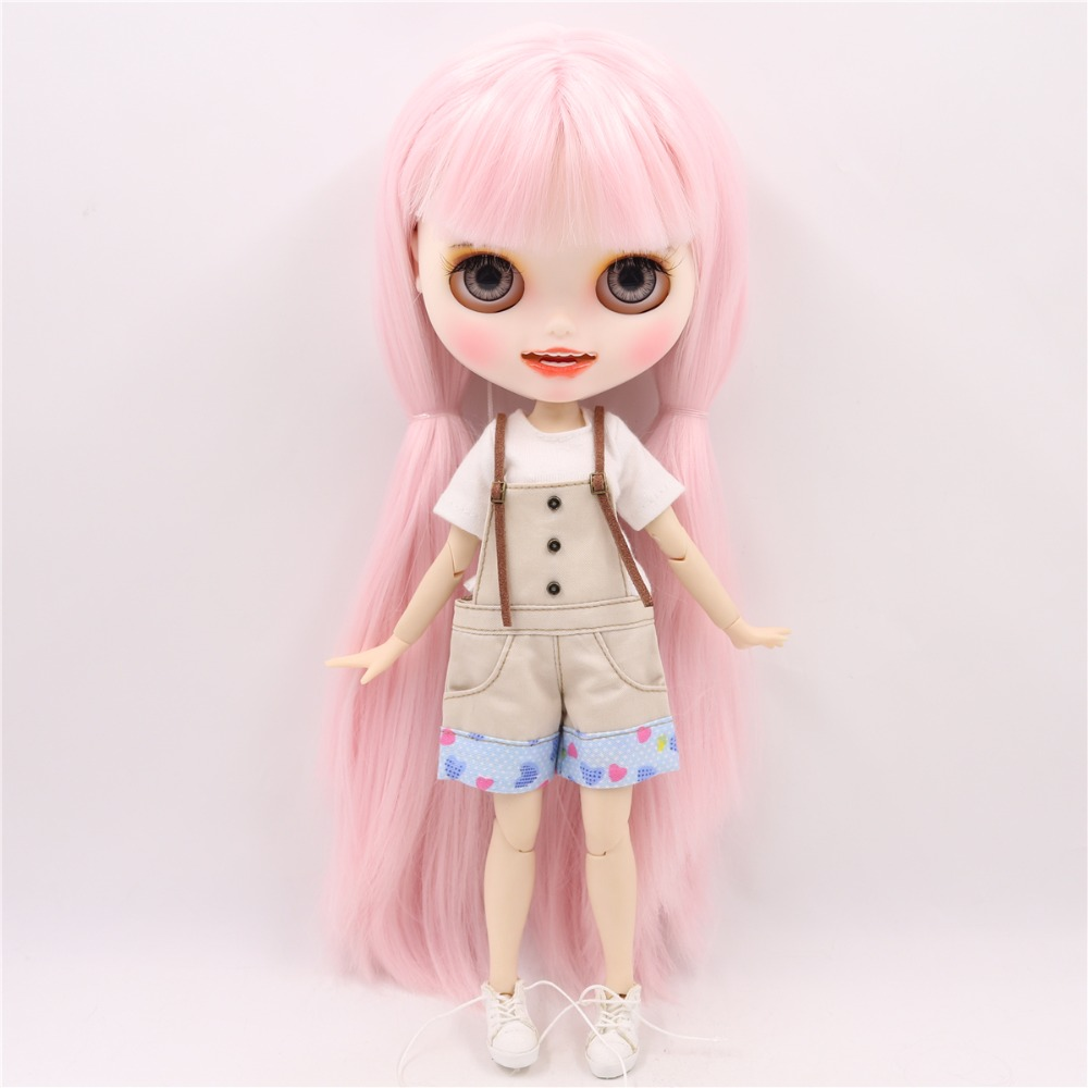 Elinor - Premium Custom Blythe Doll with Smiling Face 4