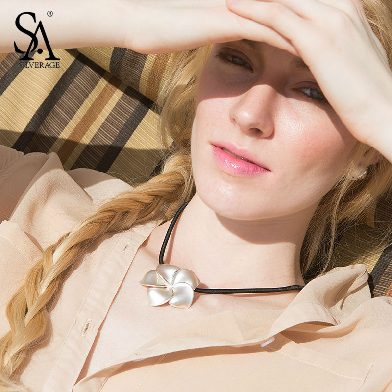 SA SILVERAGE 925 Sterling Silver Choker Flower Necklaces & Pendants for Women Leather Rope Fine Jewelry Party Accessories 2018 sa silverage 2018 women twelve constellations choker pendants necklaces personality fashion trend lettering chain necklaces