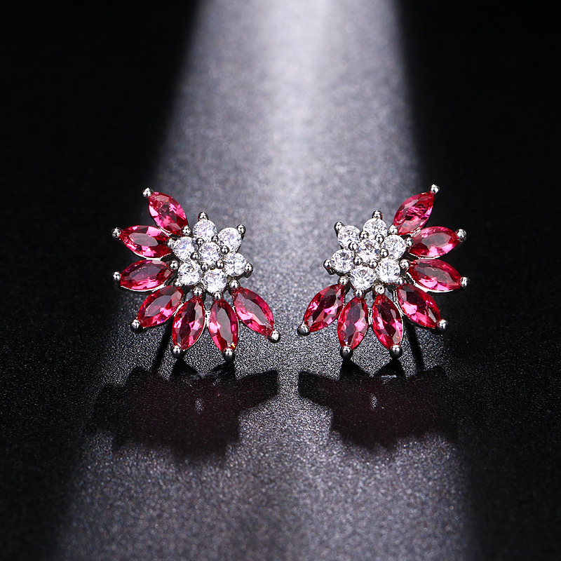 Bijoux Femmes Cadeau d/'anniversaire strass Stud Autrichien Cristal Boucles D/'oreilles Élégant