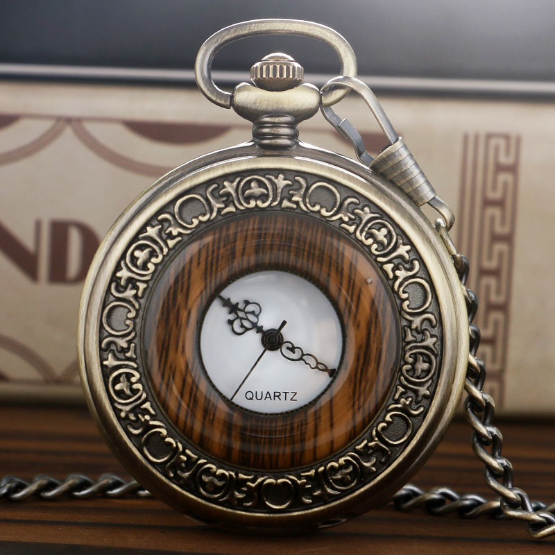 Retro Antique Pocket Watch Classic Wood Grain Round Hollow Cover Pendant Chain Vintage Men Women Clock Special Gifts for Family wood grain print vintage flannel antislip rug