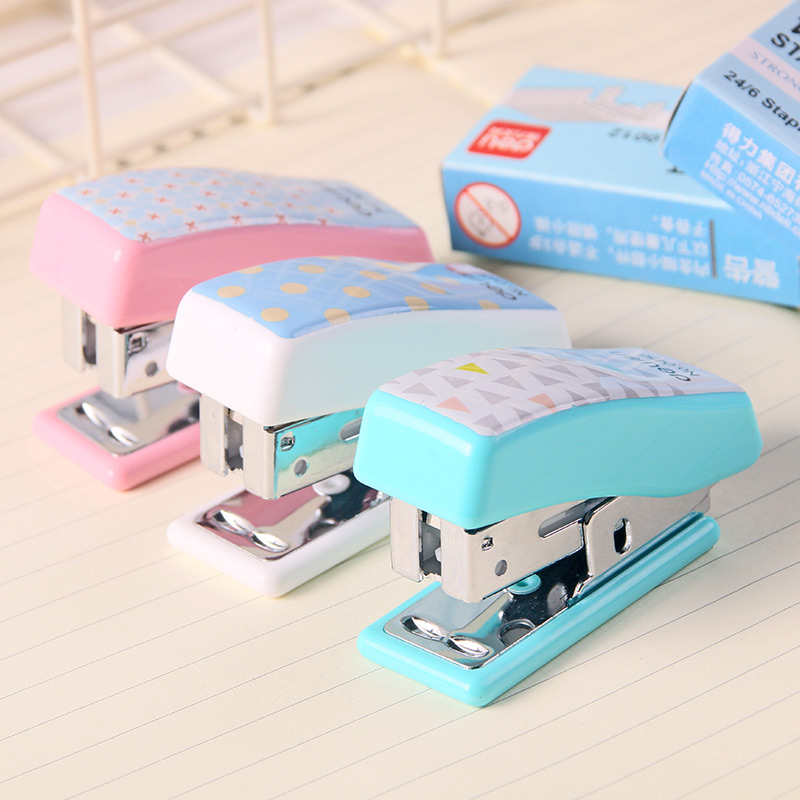 2020 Limited Aparador De Livros Stapleless Stapler Effective 0456 Stapler Set Cute Cartoon Mini Small Student Stationery Gift