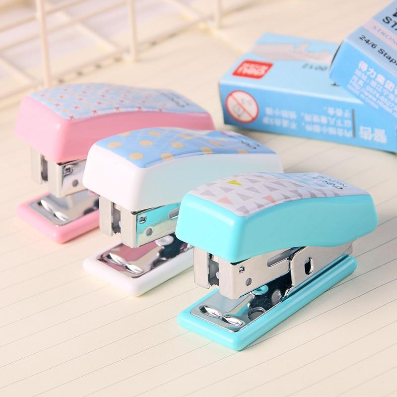 2020 Limited Aparador De Livros Stapleless Stapler Effective 0456 Stapler Set Cute Cartoon Mini Small Student Stationery Gift