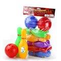 Venta caliente de Los Niños Juegos De Bolos Bola de Bolos Juguetes de la Diversión de Interior niños De Plástico Juguetes de Los Niños Bola de Deporte Juegos de la Familia de 2 Bolas 10 botellas