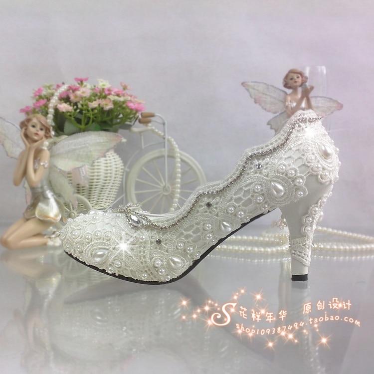 ФОТО Lace Flower Wedding Shoes White rhinestone High Heels crystal Platform Shoes Pearl Bridal Shoes Women Pumps Large Size 41-42
