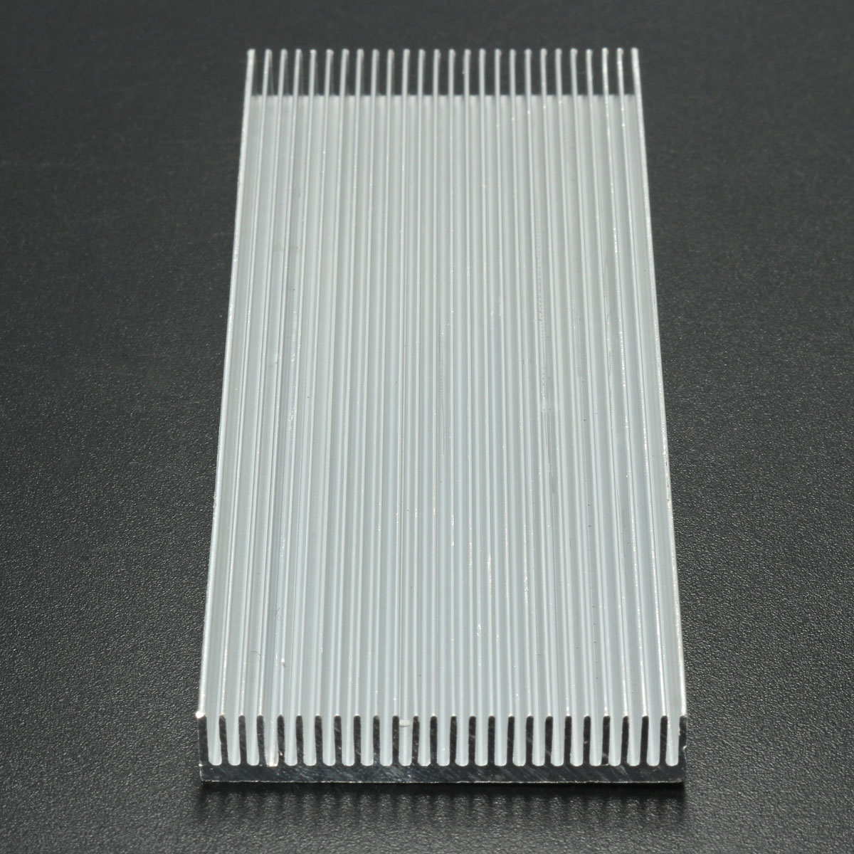 White 100*41*8mm 26-tooth Aluminum Fin Aluminum Sheet With  Heat Dissipation Function Excellent Quality Fast Delivery
