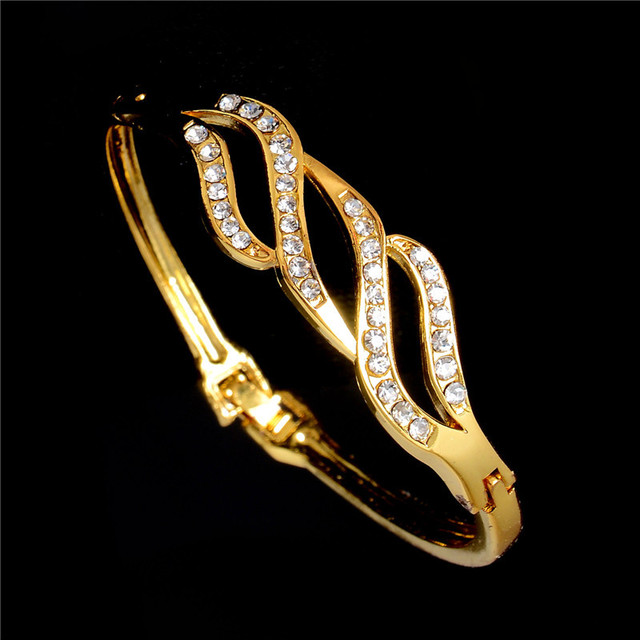 elegant modern gold vintage earring mid and tone century lovely clip jewelry product jewellery classic brooch swirl set design