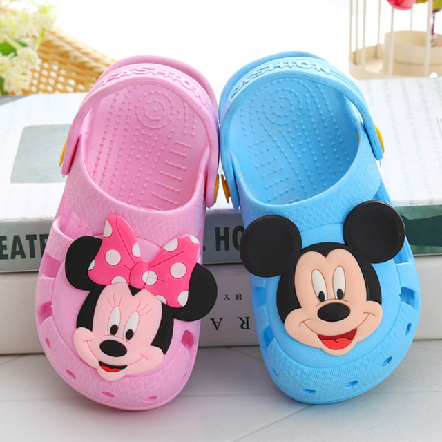 Toddler Boys Girls Cool Slippers Cartoon Mickey Infant Baby Sandals Summer Non-slip Bathroom shoe Beach Minnie Hole Shoes