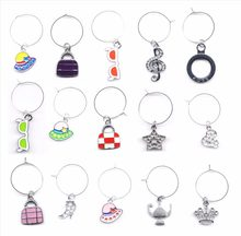 Wholesales 5PCs Random Mixed Wine Charms Wine Gifts Glass Marker Wedding Favor Christmas New Year Decoration 2018 New(China)
