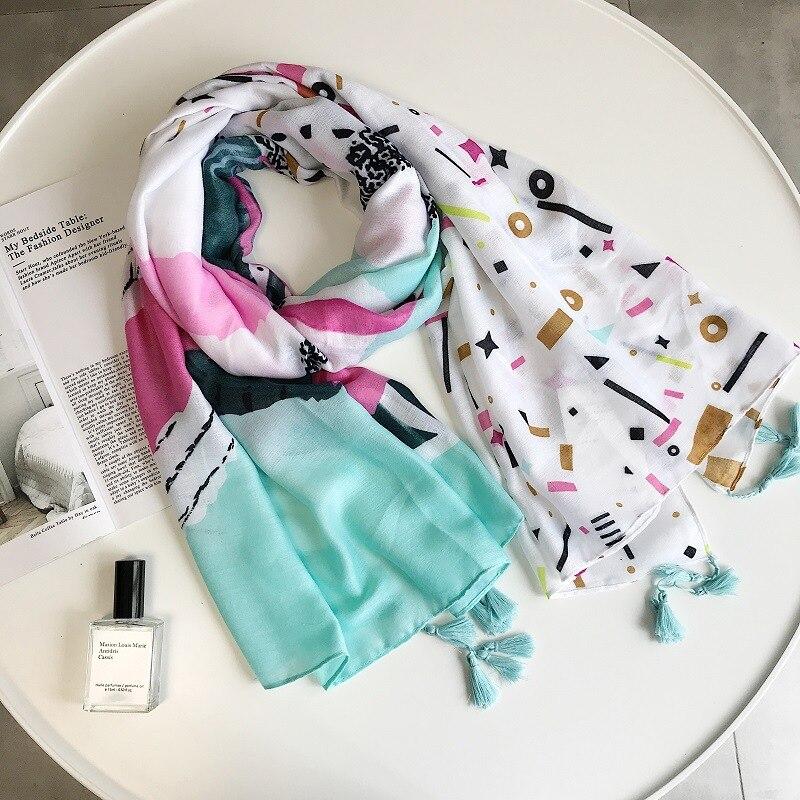 2018 New Fashion Flamingo Print Tassel   Scarf   Women Cotton Animal   Scarves     Wraps   Shawl Muffler Hijab Free Shipping