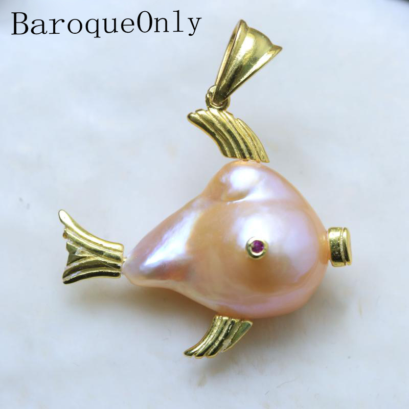 BaroqueOnly fish shape high luster baroque pearl pendant freshwater natural pearl unique gifts for girlfriend/daughter PIABaroqueOnly fish shape high luster baroque pearl pendant freshwater natural pearl unique gifts for girlfriend/daughter PIA
