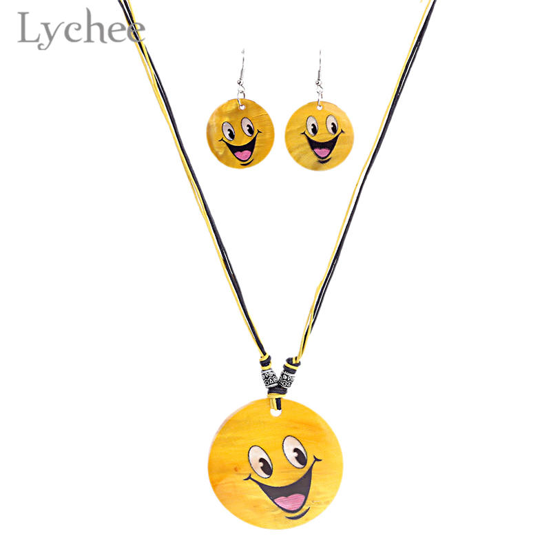Lychee Kawaii Emoji Natural Shell Jewelry Set Necklace Earrings Yellow Round Pendant Cute Necklace Earrings Jewelry Sets
