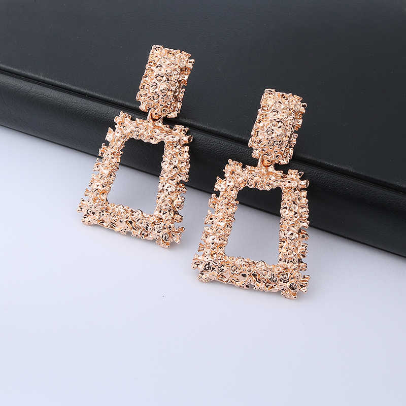 2019 Vintage Big Clip On Earrings Without Piercing ZA Statement Hanging Earring Metal Ear Clips for Women Party Fashion Jewelry