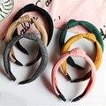 Moda Retro simple sólido de punto nudo borde ancho de banda de pelo aro cabeza Torcida Anudada Turbante Floral headwear Mujeres Accesorios Para El Cabello