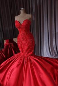 Image 4 - Luxo dubai vermelho frisado sereia vestidos de casamento 2018 rendas cristal trompete vestidos de noiva trem real querida robe de mariee