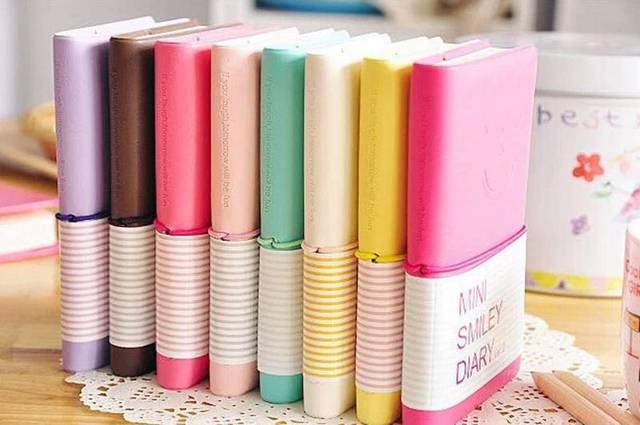Конфеты Цвета мода милые очаровательные мини смайлик Бумага дневник Тетрадь книга памятки кожаные блокноты канцелярские pocketbook