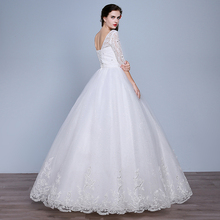 Lamya Fashion Plus Size Lace Sweetheart Half Sleeve Wedding Dress