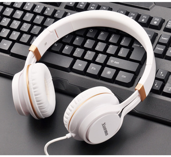 2019 NEW Gaming Headsets Big Headphones with Light Mic Stereo Earphones Deep Bass for PC Computer Gamer Tablet PS4 X-BOX