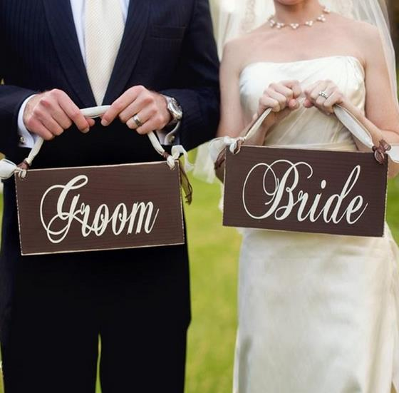 1set Wooden Wedding Signs Groom & Bride Photo Props Hanging Wedding Chair Signs Decor rustic wedding decoration centerpieces ...