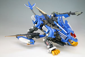 Image 3 - BT 1/72 ZOIDS Blade Liger Gundam Assembled model Anime Action Figure Birthday Christmas gift