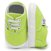 Baby boy girls first walker crib infant cool casual shoes Adorable Anti-slip Prewalker Toddler Sneaker canvas for kids wholesale(China)