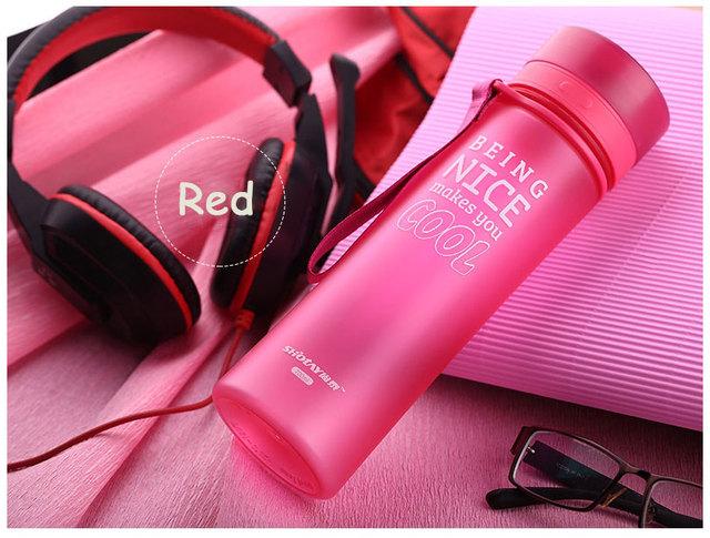 650ml Sports Drink Bottle Leakproof Outdoor Camping Plastic Water Bottle Protein Shaker Bottle Drinkware BPA Free