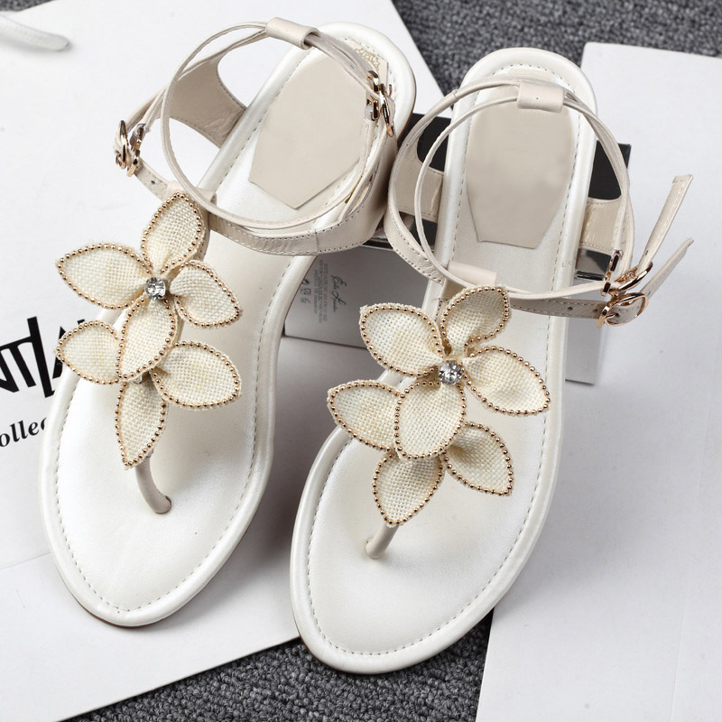 2017 New Arrival Summer Fashion Women Casual Flats Shoes T-belt Lady Leisure Sandals Genuine Leather Solid Flowers Sweet Beige 2017 new arrival hot sale fashion summer sweet women flats heel sandals pu leather casual buckle strap shoes for women 13 30