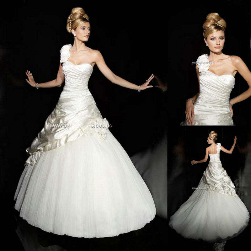 Wedding Gown Fabrics Guide: New Arrivals Cheap Tulle Fabric One Shoulder Flower Ball