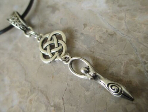 HOT !!!Fashion Jewelry Vintage Silver Wicca Braided knot Trinity Knots Goddess Charms Statement Choker Necklace Pendant jewelry