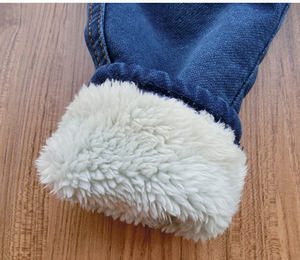 Image 5 - Baby Boys Clothing 2018 High Quality Thicken Winter Warm Cashmere Jeans Children Pants Boys Wild Little Feet Pants Jeans 1 6T