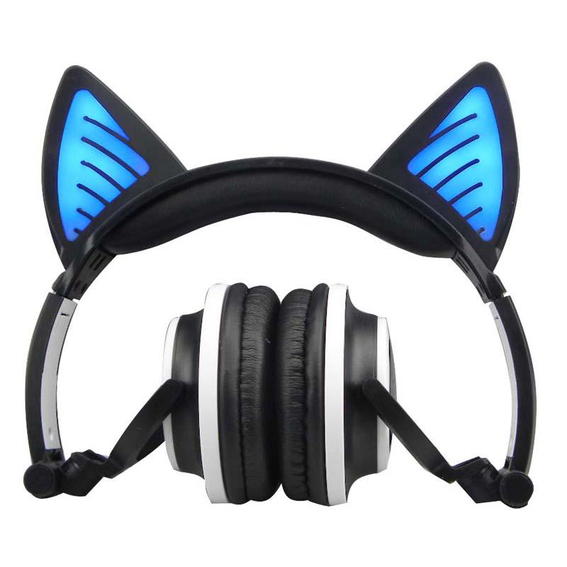 E0669-Cat headphones-1 (4)