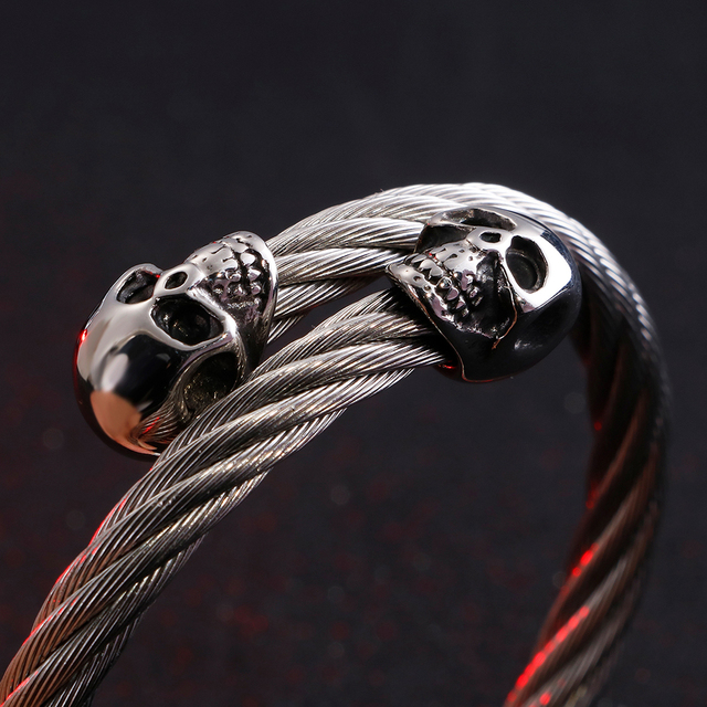 STAINLESS STEEL DOUBLE SKULL HEAD  BANGLE BRACELET (4 VARIAN)