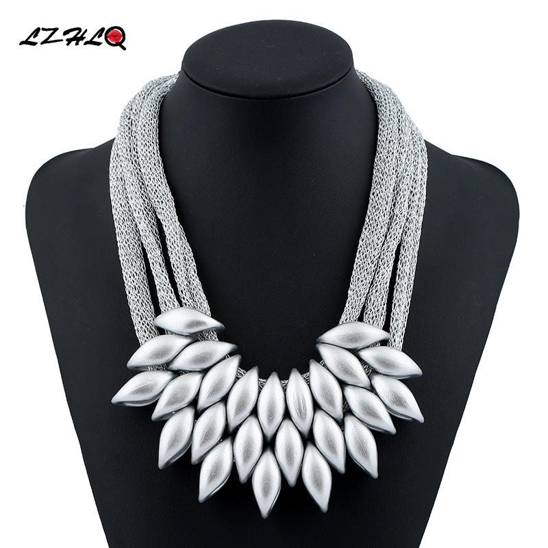 LZHLQ New 2017 Hot Pendant Necklace Women Trendy Jewelry Cloth Woven Chain Statement Necklaces Plastic Pendants For Gift