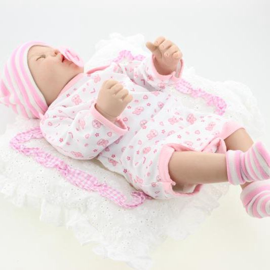 22 Silicone Reborn Baby Alive Realistic Newborn Sleeping Girl Soft Change Clothes Toys Women Treats
