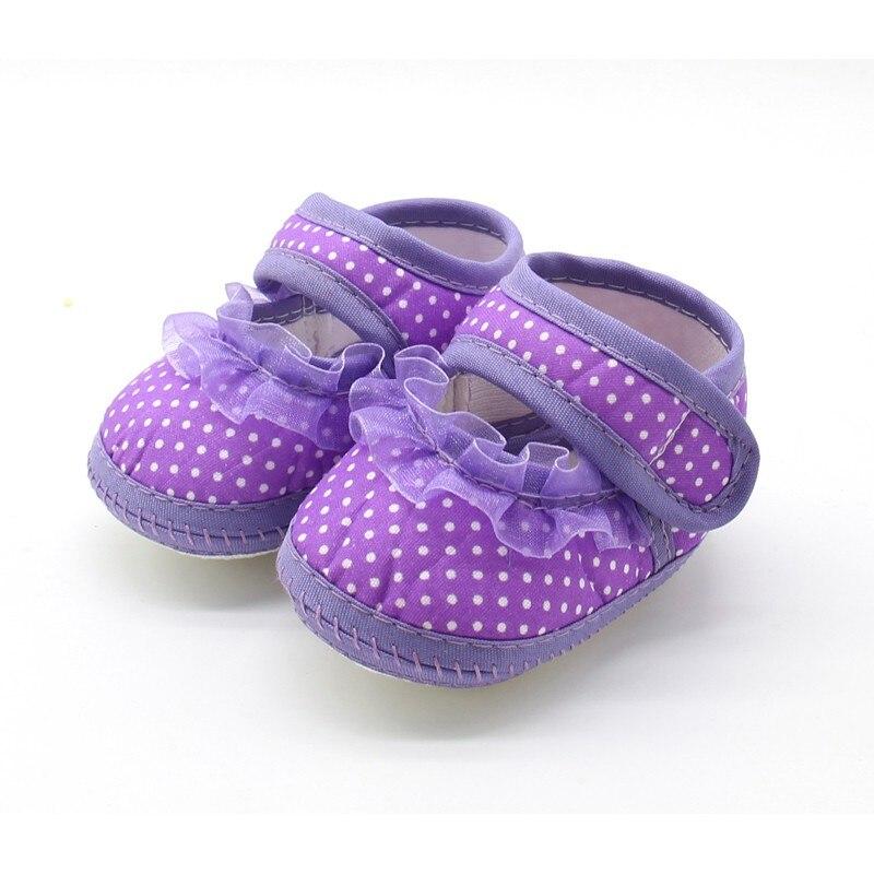 Для новорожденных Обувь для девочек пинетки в горошек мягкая подошва хлопок Обувь для малышей Мокасины Розовый и красный цвет фиолетовый ...