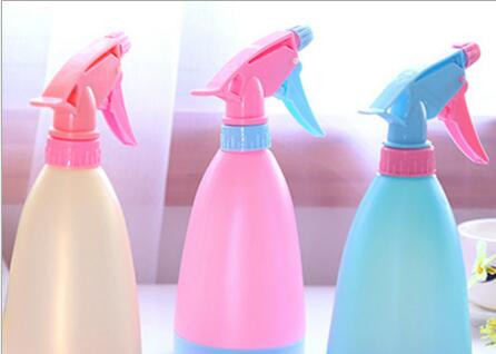 Water Cans Hand pressure type candy color watering pot