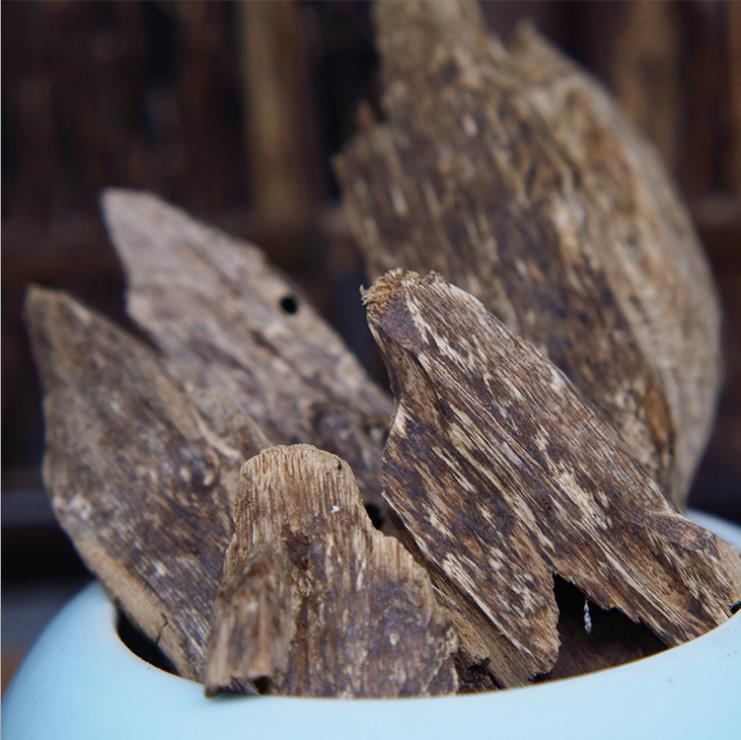 Agarwood Natural Wood Incense 2
