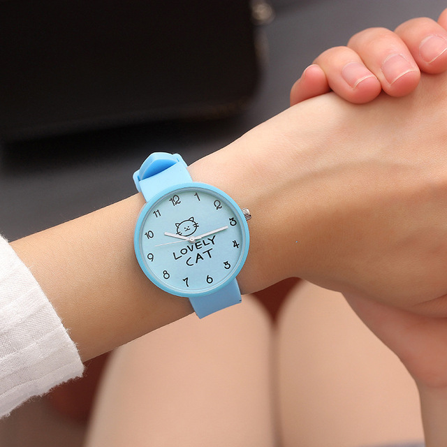 2018 Hot Sale Fashion Cartoon Cute Color Quartz Watches Boys Girl Kids Child Wri