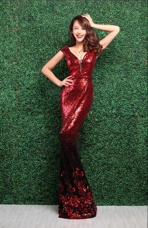Красные золотые платья