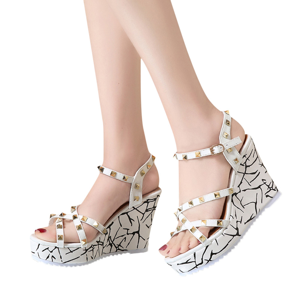 Zapatos Mujer 2018 Shoes Woman Sandals Wedge Summer Lady Fashion High Heels Sandals Elegant Rivets Women Shoes Platform Wedges 8