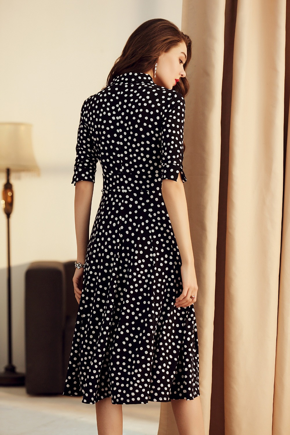 Ba zhi color summer spring and autumn V collar print big pendulum in the long slim show thin wave point little black dress
