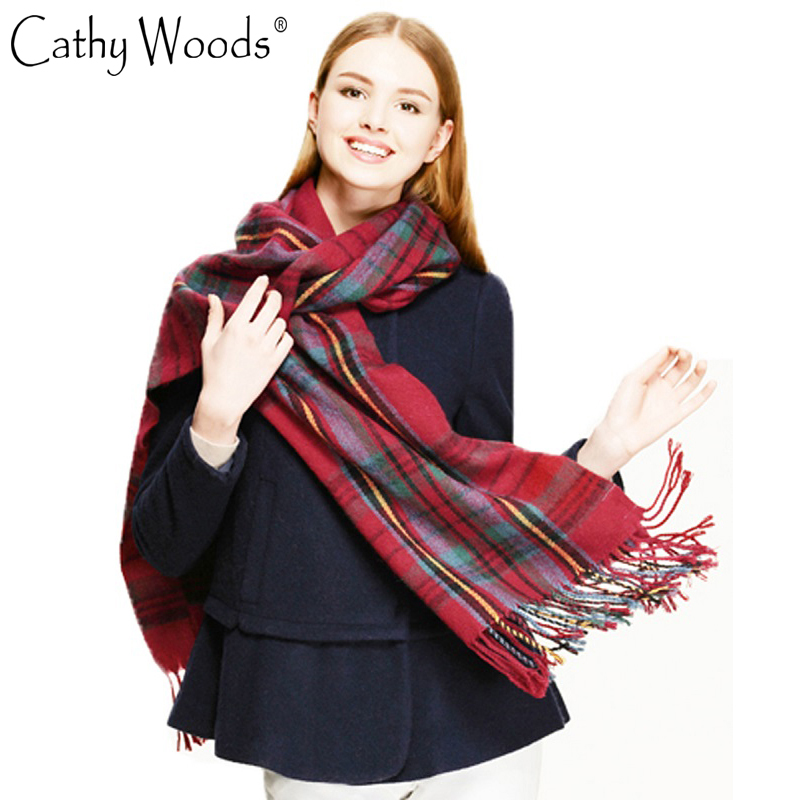 Alta calidad 2016 mujeres de la manera bufanda a cuadros mujeres manta de  gran tamaño mantón Cozy checked bufanda mujer borla Echarpe 8bce8eb2882