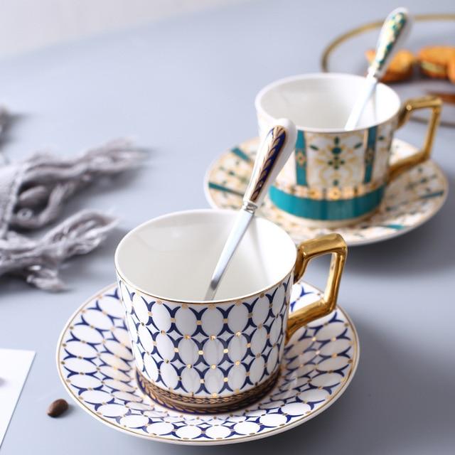11198b75752 European Style Luxurious Ceramic Tea Cup And Saucer Set Creative Golden  Design Porcelain Tea Bone China