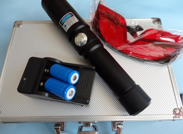 hot  8000mw 8W High Power Blue Laser Pointers Flashlight Combustion 10000m laser pen lazer blue+box +charger