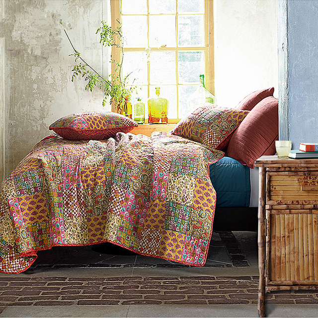 Attractive CHAUSUB Handmade Patchwork Quilt SET Bohemian Quilts Washed Cotton  Bedspread Floral Printed Bed Cover 3PC King