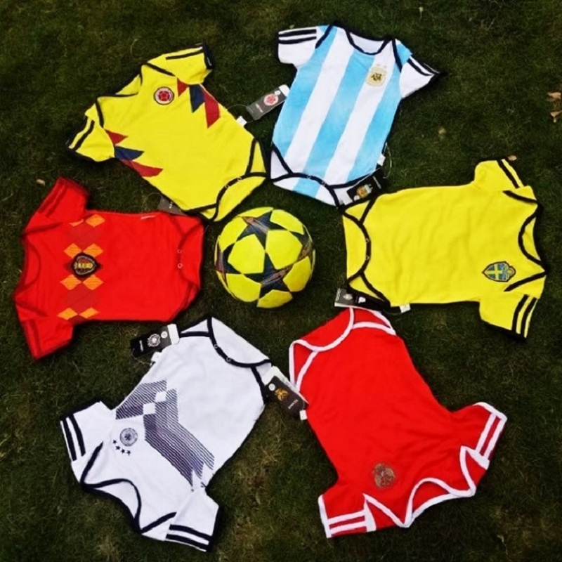 2018 Hot Sale Club and National Team Football Short Sleeve Baby Climbing Clothing Baby Soccer Wear