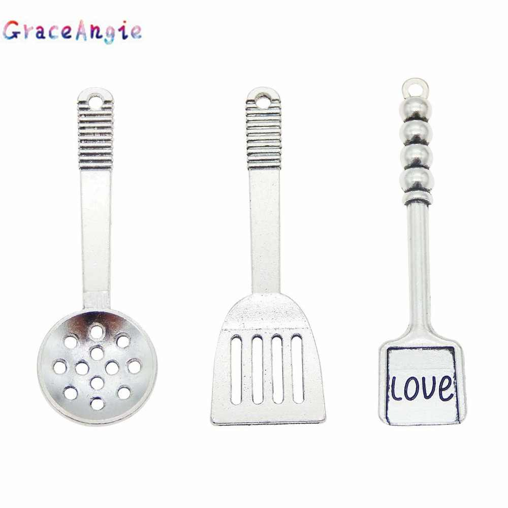 Mix Ancient silver Spatula charms Cook Tool ladle Charms Necklace Accessories Tableware Cookware Alloy Charms Pendants Jewelry