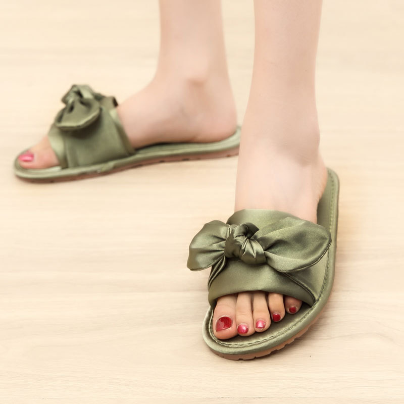 a3ab6f90fec558 Women Slides 2018 Fashion Slippers Flip Flops Female Sandals Summer Casual  Beach Slides Bow Flip Flops Comfortable Flat Shoes-in Slippers from Shoes  on ...