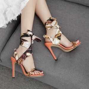 Image 3 - Luxus Schuhe Frauen Designer High Heels Riband Sandalen 2019 Party Lässig Elegante Damen Schuhe