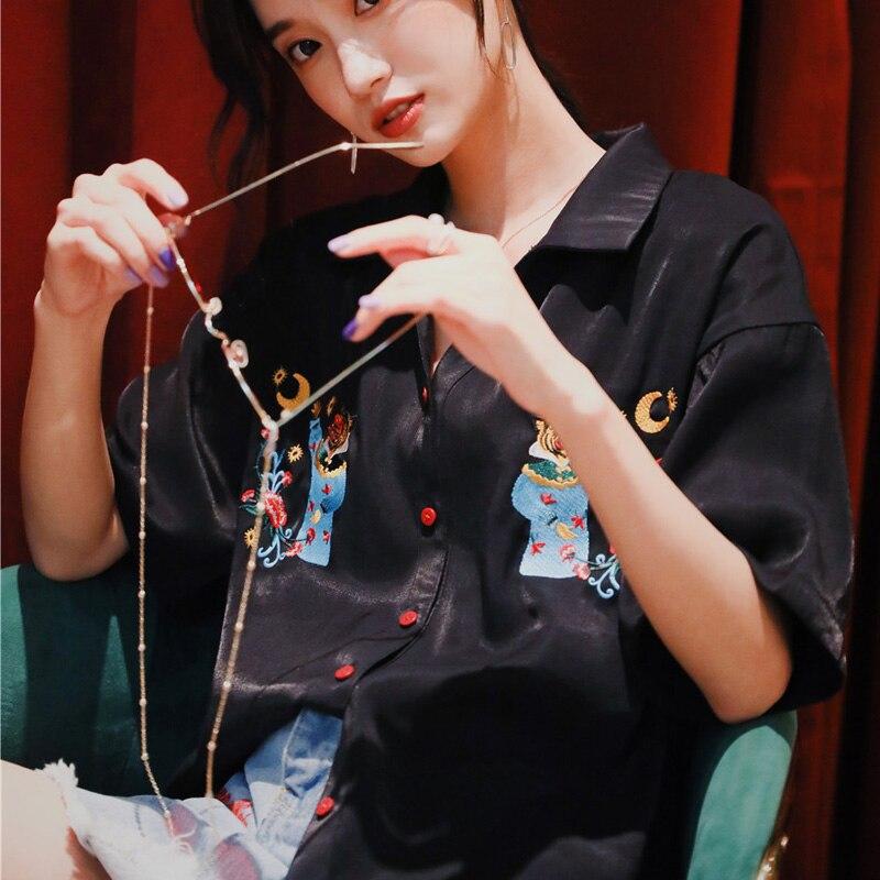 Été tout nouveau Design broderie femmes Blouse noire col à manches courtes bureau dames hauts à la mode chemises de grande taille filles
